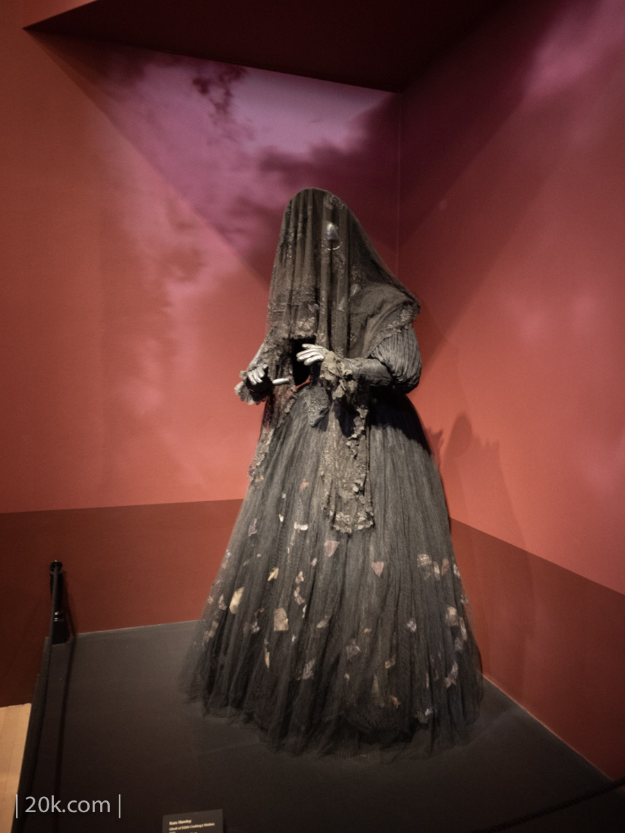 20k-2016-LACMA-At-Home-With-Monsters-42