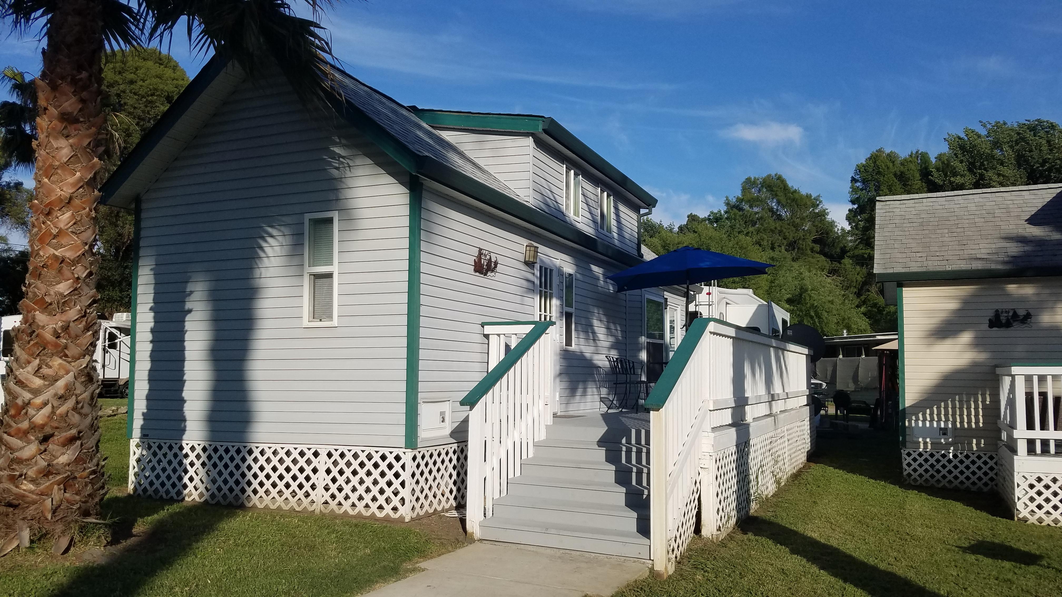 Rental Cabin at Lighthouse Resort