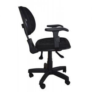 Cadeira back system com braço gatilho na cor preta