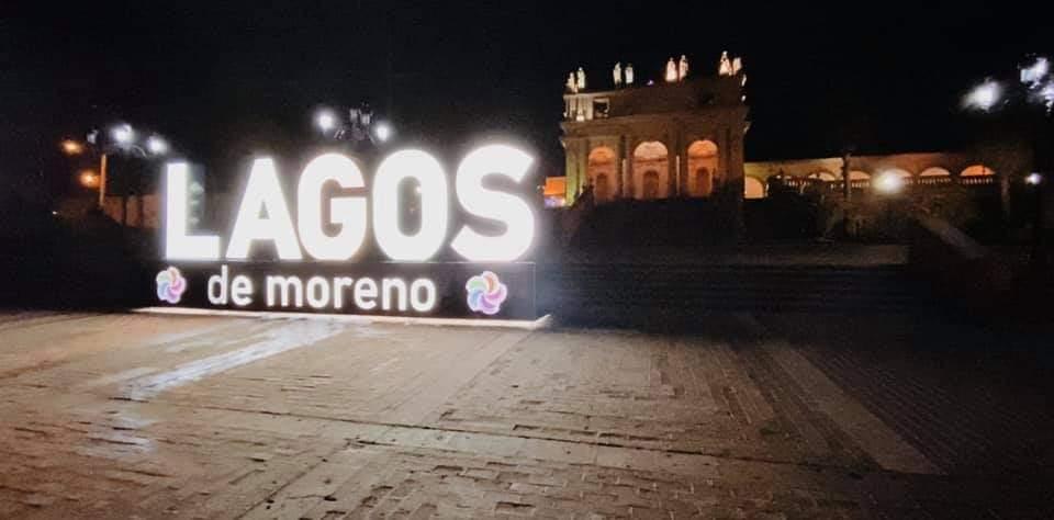 Cronistas piden corregir nombre de 'moreno' en letrero instalado en la explanada de El Calvario