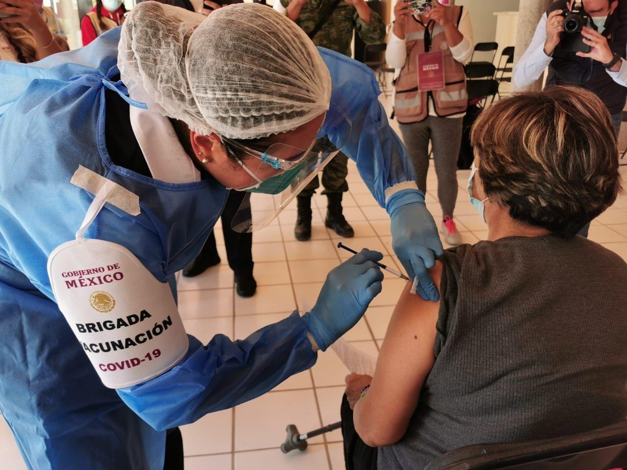 20% de avance registra aplicación de vacunas contra el COVID-19 en municipios de Los Altos