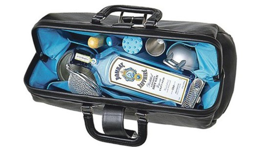 Bombay Sapphire teamed up with indie label Barking Irons