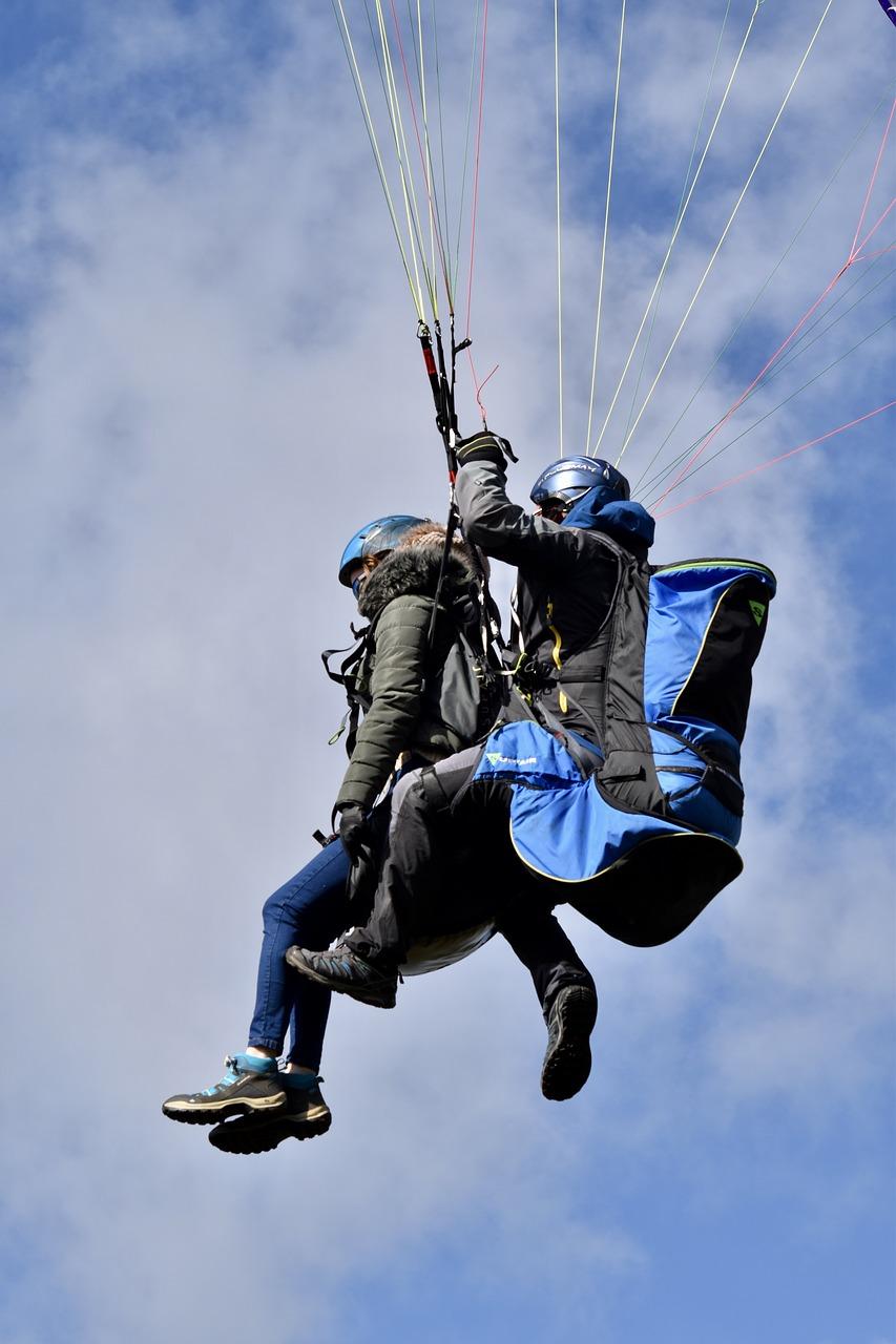 paragliding-paraglider-paraglider-tandem-4044957-1.jpg