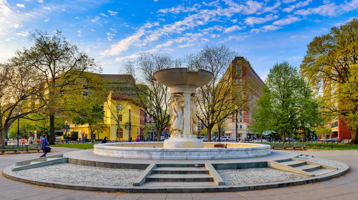 Washington DC neighborhoods Dupont Circle