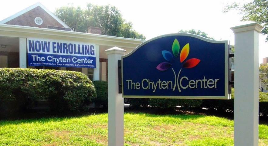 Chyten_Center_Front