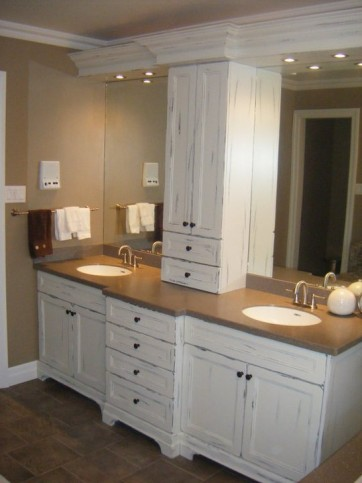 white distressed vanity with tower 1