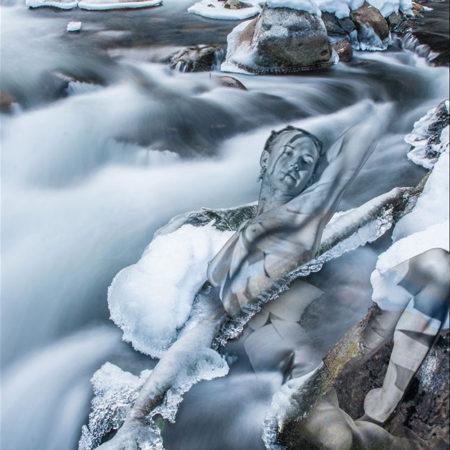 model-art-ice-water-flow-2