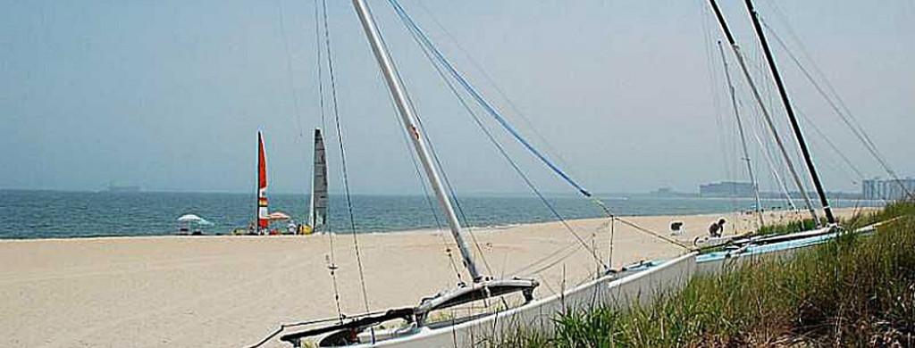 beach-w-boat