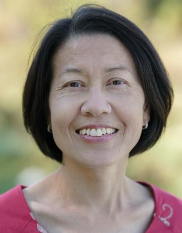 Mai Neng Moua