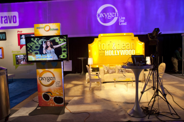 pop up display for a tv show