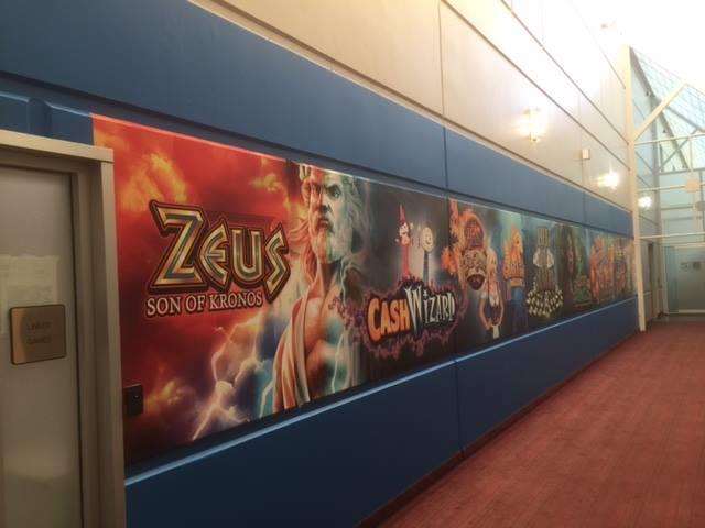 banner printing on wall in las vegas