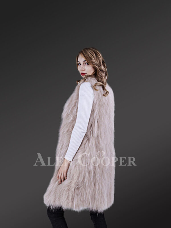Women's mid-length super warm and stylish raccoon fur winter outerwear new