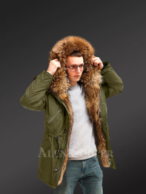 Improve your identity with Finn raccoon fur hybrid green parka convertibles for men new view