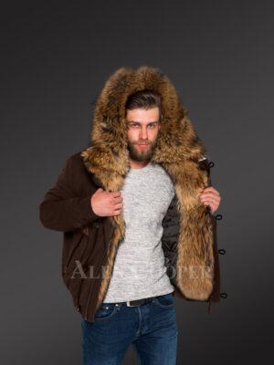 Outstanding hybrid coffee Finn raccoon fur parka to make men look trendier and elegant New