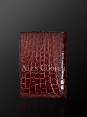 Authentic alligator skin wallet to redefine your class and taste