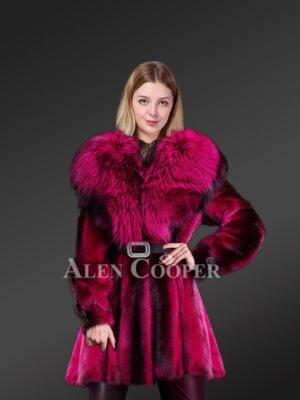 Beautiful mink Fur Coat With Fox Fur