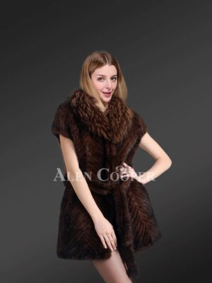 Knitted Jacket of Mink Fur With Raccoon Fur Collar for Elegant Womens