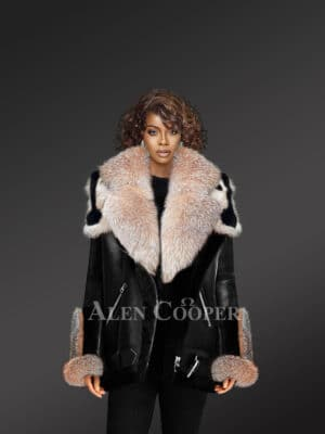 Women's Exclusive Shearling Jacket With Crystal Fox Fur Hood Lapelsand Cuffs