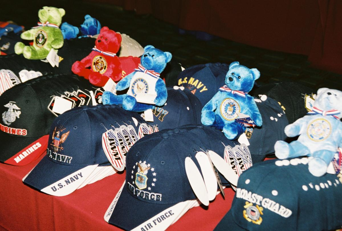 04 Veterans Collectibles