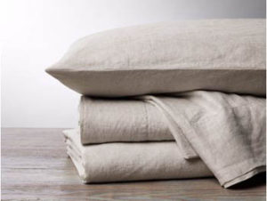 Organic linen sheet of organic cotton by Coyuchi