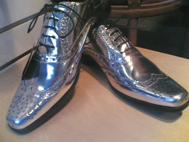 World's Top Corporate Teaming Strategist: How to Assess a Person by Their Shoes