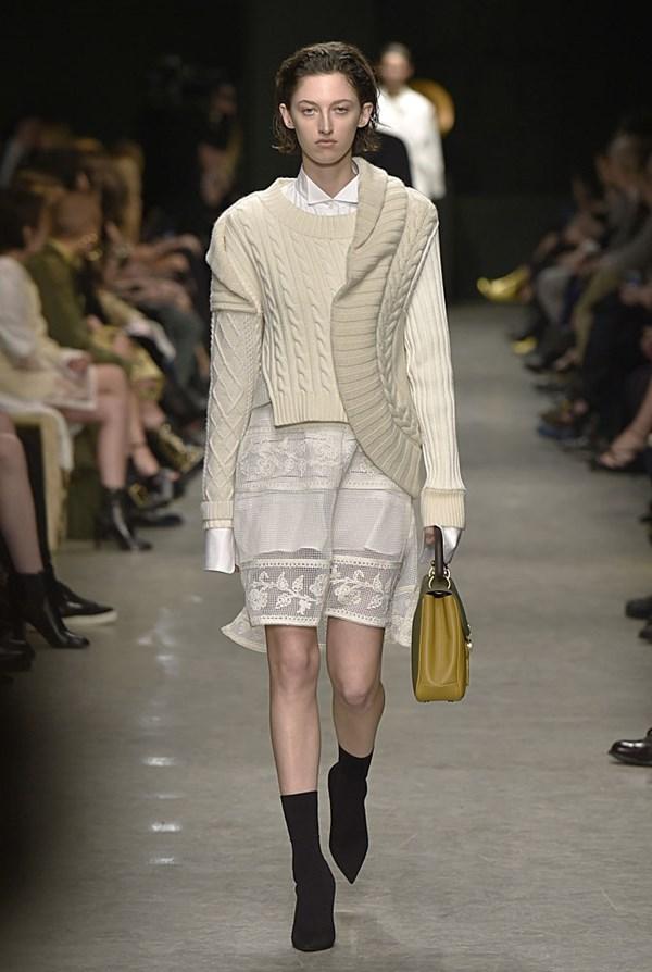 burberry london fashion week