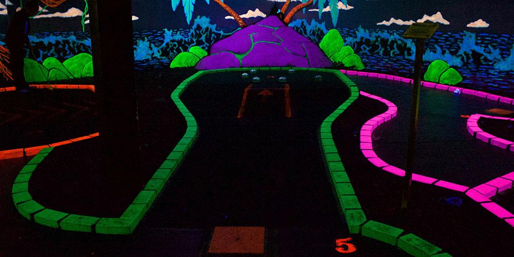 Black Light Miniature Golf Wonderland Fun Center Spokane