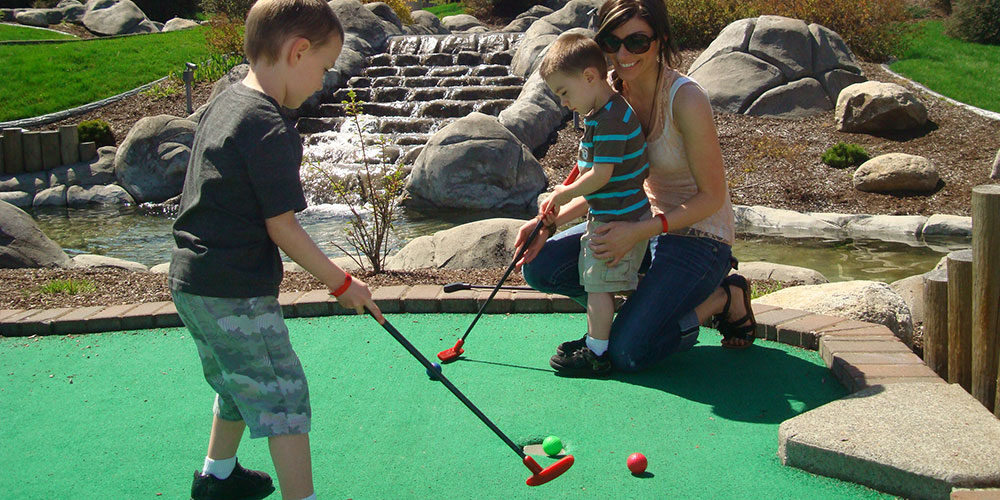 Miniature Golf Wonderland Fun Center Spokane