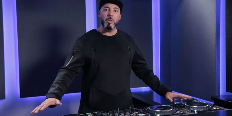 Roger Sanchez DJ tips