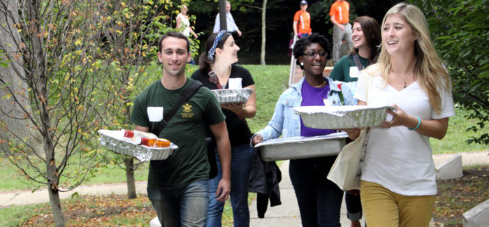 """""""Collective action is a key piece in the success of our network"""" – Q&A With The Campus Kitchens Project"""