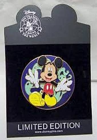 Disney Spooky Mickey Mouse Jumbo Spinner LE 250 Pin New On Card
