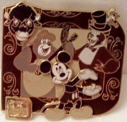 Classic Disney Collection Mickey Mouse Country Bear Jamboree LE 1000 Pin New Front