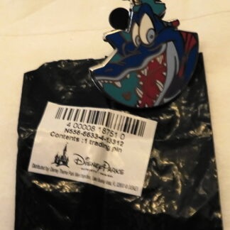 Disney WDW Ice Gator Blizzard Beach Hidden Mickey Completer Pin With Bag