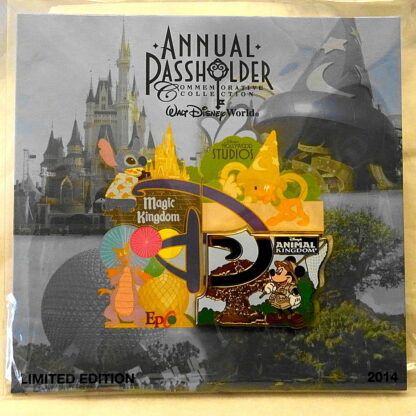 Disney WDW Mickey Animal Kingdom Annual Passholder 2014 LE 2500 Pin New On Special Card Front