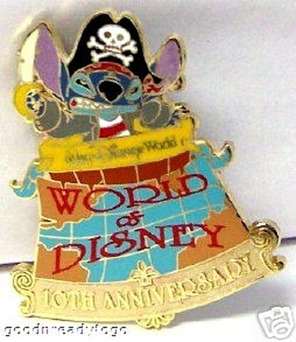 WDW World Of Disney 10th Anniversary Pirate Stitch LE 1000 Pin New Off Card Front