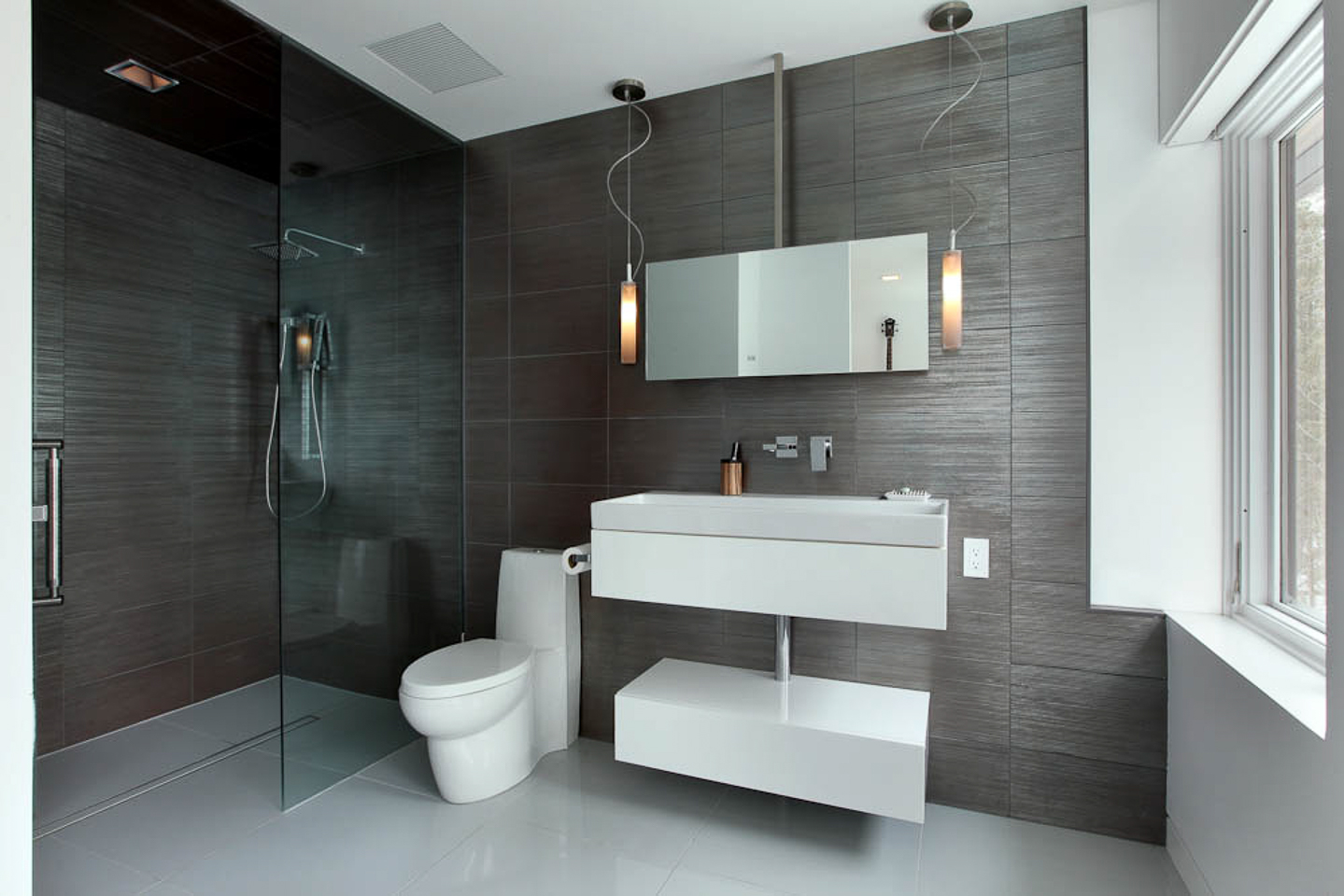 tile showers and baths, backsplashes, features