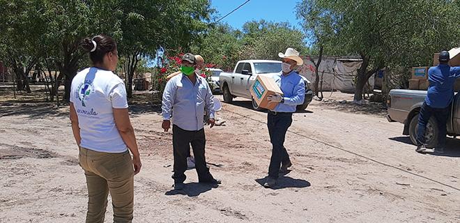 Realizan entrega de despensas a 61 comunidades el secretario de ...