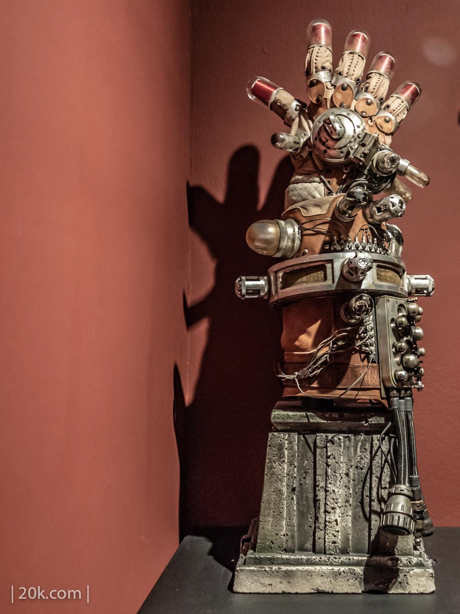 20k-2016-LACMA-At-Home-With-Monsters-30