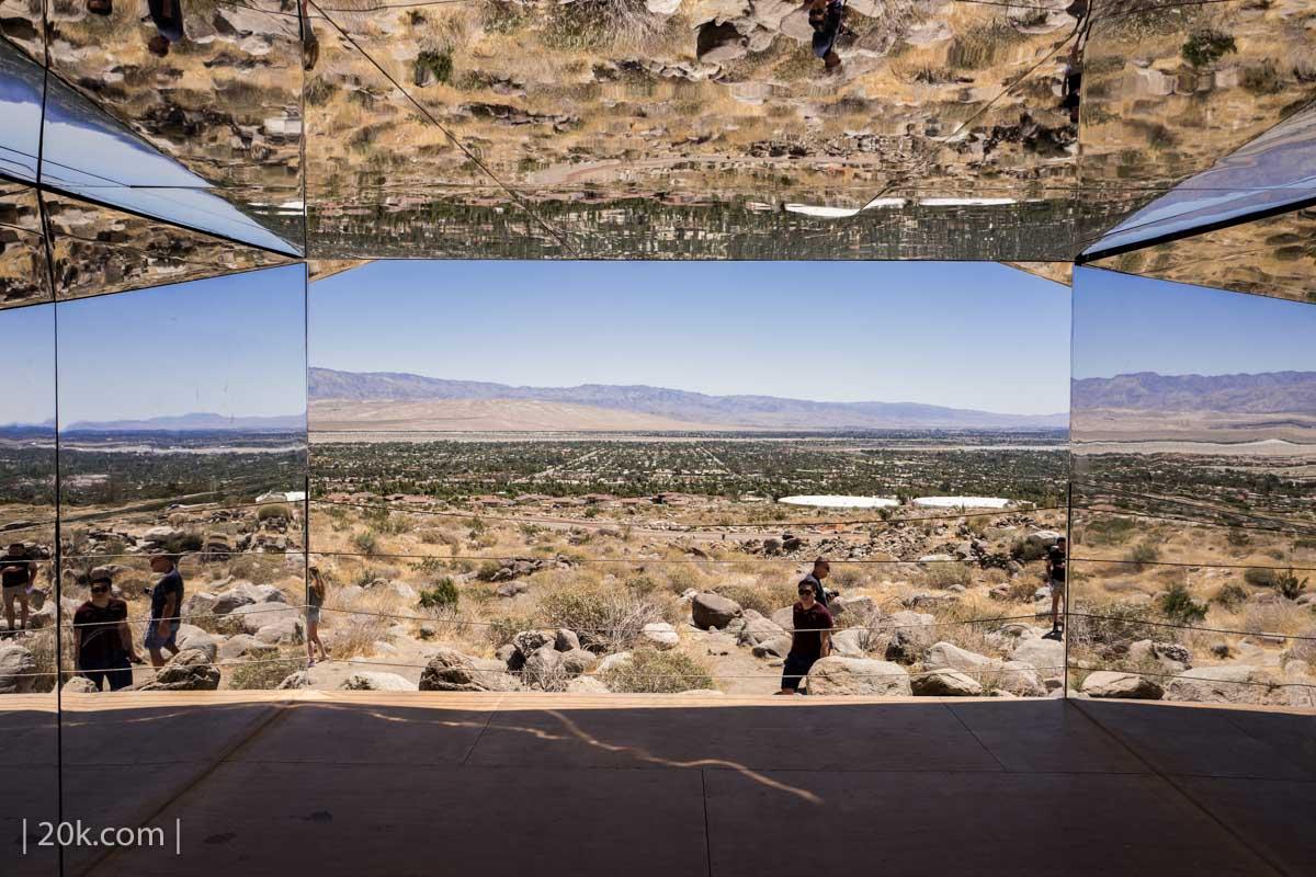 20k-2017-Palm-Springs-Desert-X-Mirage-12