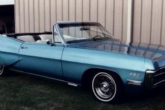 Dwane & Kim Swacina Lubock, TX 67 428 4 bbl, A/C, tilt steering, tinted glass, paint stripe-side-delete