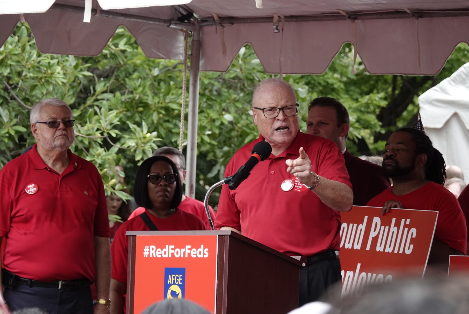 AFSCME President Lee Saunders speaking at a #RedForFeds rally