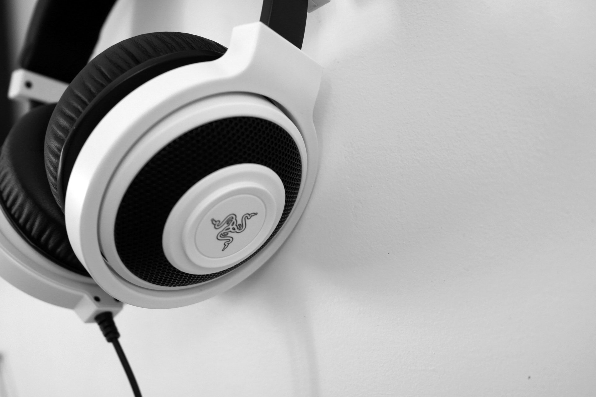 How to Clean Over-Ear Headphones