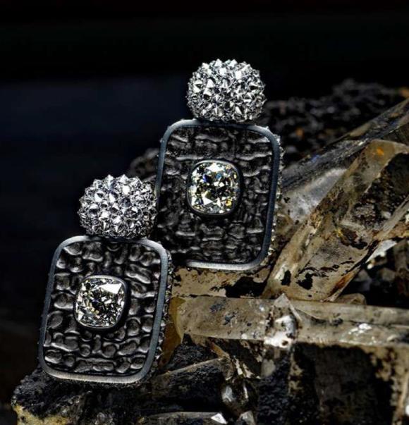 Hemmerle Earrings: Turtle Shell Fossil, Diamonds, Silver, White Gold.