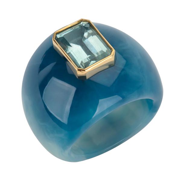 Plastiv Fantastic Collection lucite aquamarine ring