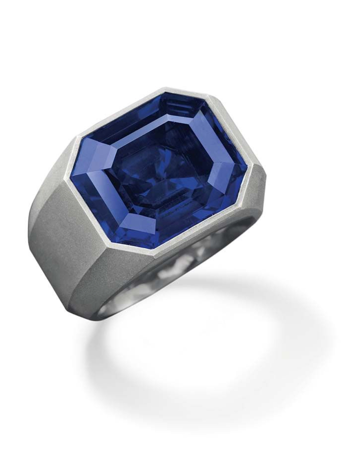 Tiffany's new collection similarities to hemmerle blue sapphire design.