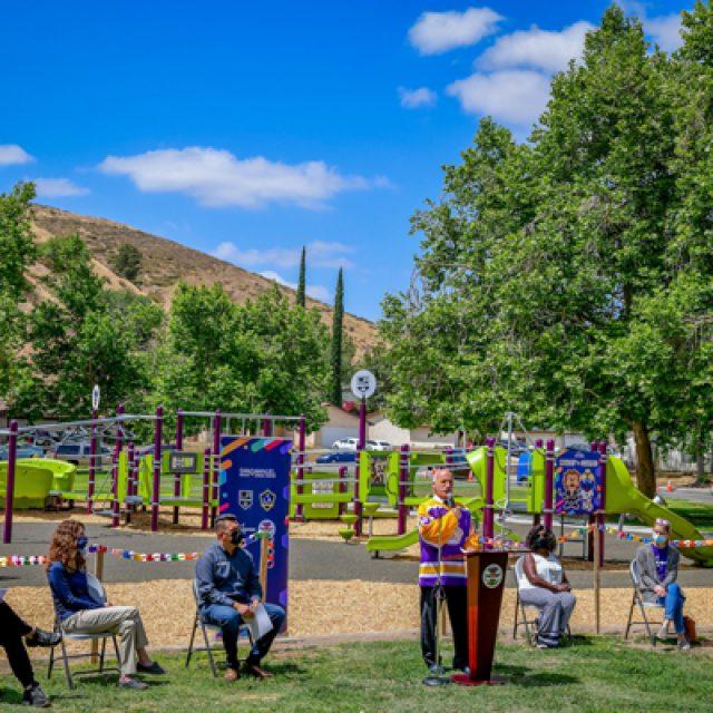 San Bernardino, LA Kings,LA Galaxy, San Manuel, KABOOM! open new playground at Hudson Park