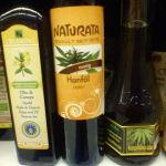 640px-Bottles-of-hemp-oil
