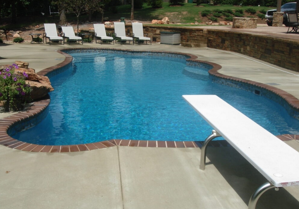 pool install in des moines