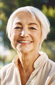 What's new in Cataract Surgery? Frank R. Burns MD