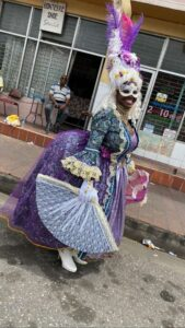 carousel_01